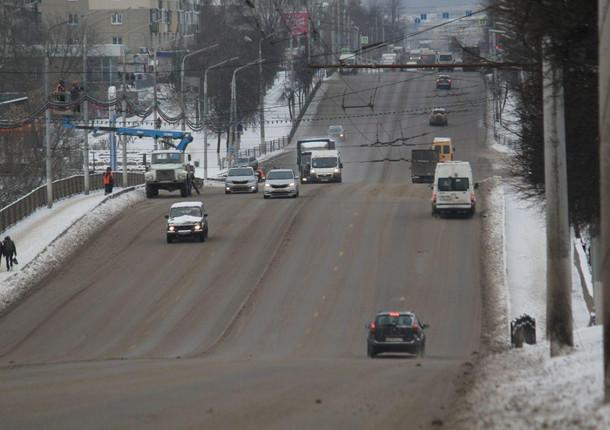 Тульские дороги очищают от снега