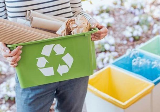 Экоскамейки из переработанного пластика будут установлены в Центральном парке Тулы